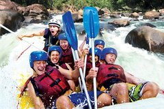 Imagen Tully River Full-Day White Water Rafting from Cairns including BBQ Lunch