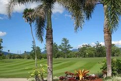 Imagen Private Full-Day Cairns Golf Tour Package