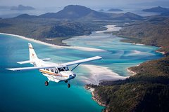Imagen Premium Whitsundays Scenic Flight and Boat Cruise from Airlie Beach with lunch