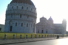 Activities,Water activities,Excursion to Lucca,Excursion to Pisa
