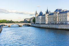 Imagen Paris Super Saver: Skip the Line Sainte Chapelle and Conciergerie Combined Ticket
