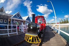 Imagen 2-hour Busselton Jetty Package: Jetty train and Underwater Observatory