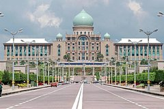 Imagen Putrajaya City & Bridges Tour From Kuala Lumpur with Lunch