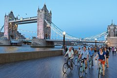 Imagen Night Bike Tour of London