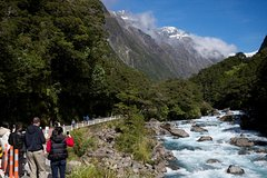 City tours,Tours with private guide,Specials,Excursion to Milford Sound