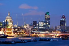 Imagen London by Night Independent Sightseeing Tour with Private Driver