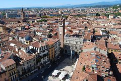 Charming Verona tour for small groups