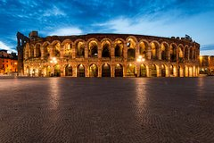 Verona in the Moonlight Walking Tour