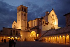 Assisi: private walking tour with a local guide