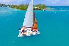 Glow Worm Sailing Excursion in Bermuda