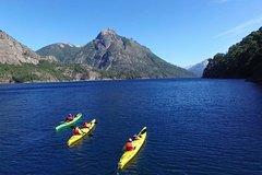 Imagen Excursión de un día completo en kayak en el lago Nahuel Huapi desde Bariloche