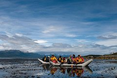 Imagen Recorrido de 2 días de senderismo y remo en Ushuaia para grupos pequeños.