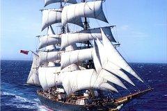 Imagen Sydney's Tall Ship Sailing Adventure on James Craig