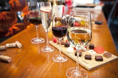 SoHo Wine Tasting and Walking Tour