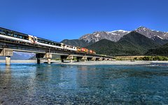 Imagen TranzAlpine Southern Alps Train between Greymouth to Christchurch