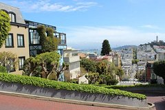 San Francisco Urban Hike: Coit Tower, Lombard Street and North Beach