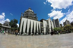 Imagen Medellin Historical City and Food Tour