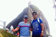 Imagen Combo Guatape and Medellín Sightseeing Tours
