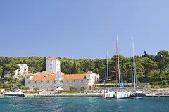 Ver la ciudad,Ver la ciudad,Ver la ciudad,Gastronomía,Visitas en bici,Tours de un día completo,Tours gastronómicos,Tours gastronómicos,Excursión a Isla Solta,Tour por Split