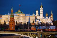 Moscow: Kremlin Ticket and 2-Hour Small Group Tour