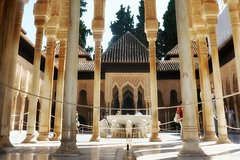 Imagen Visita guiada para grupos pequeños de la Alhambra