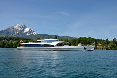Activities,Water activities,Lucerne Lake Cruise