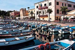 Verona and Lake Garda Day Tour from Milan