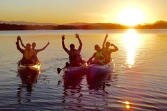 Canberra Australian Capital Territory Sunsets and Serenity Small-Group Pedal Kayak Tour in Canberra 65152P1