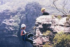 Imagen Amazing Half Day Abseiling Adventure in the Blue Mountains