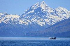 Imagen Hovercraft Morning Magic Cruise on Lake Pukaki from Twizel
