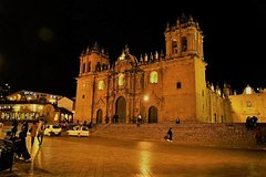 Imagen Best of Cusco City by Night, Walking Tour, Pisco Sour and Traditional Dinner