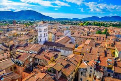 Lucca Barga and Garfagnana Hills Full-Day Trip by Minivan from Pisa