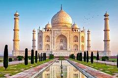 Agra Overnight Tour With Taj Mahal, Agra fort & Fatehpur Sikri