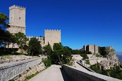 Erice and Segesta Day Trip from Palermo with Sicilian Food and Wine Tasting
