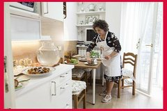 Learn Italian & Dine at a Cesarina's home in Naples