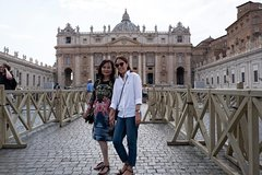 Rome Major Highlights driving tour with Professional Photographer