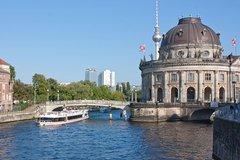 Imagen Croisière touristique de 3heures à Berlin avec déjeuner et une boisson