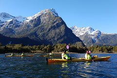 Imagen Sunriser Classic Sea Kayaking Trip from Milford Sound