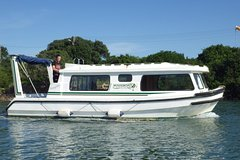 HouseBoat Experience in Port Alfred