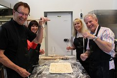 Private Pasta Cooking Class - Food and Drinks included