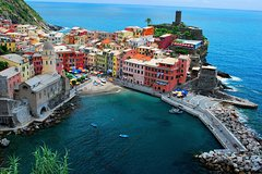 Semi Private Cinque Terre and Pisa Leaning Tower Tour from Florence