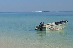 Imagen Boat Hire: Explore Exmouth's Ningaloo Reef by hiring a Boat, Car, or Kayak