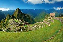 Imagen Machu Picchu Full-Day Tour by Vistadome Train