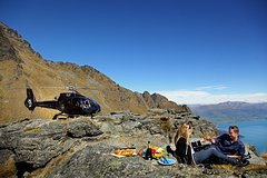 Imagen Private Champagne Picnic on a Peak with Helicopter Ride