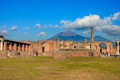 Private transfer with stop in Pompeii