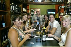 Imagen Wine tasting with snacks in the historic centre of Valencia