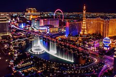 Las Vegas Limousine Transfer Downtown Hotels: Up to 8 Passengers