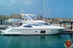Imagen Rent Azimut for an adventure day at the islands