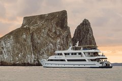 Imagen Galapagos Cruise 5 Days Yacht Sea Star Journey Central and Northern Islands