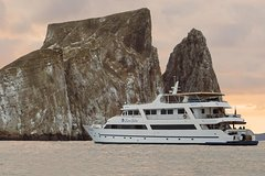 Imagen Galapagos Cruise 6 Days Yacht Sea Star Journey Western and Central Islands